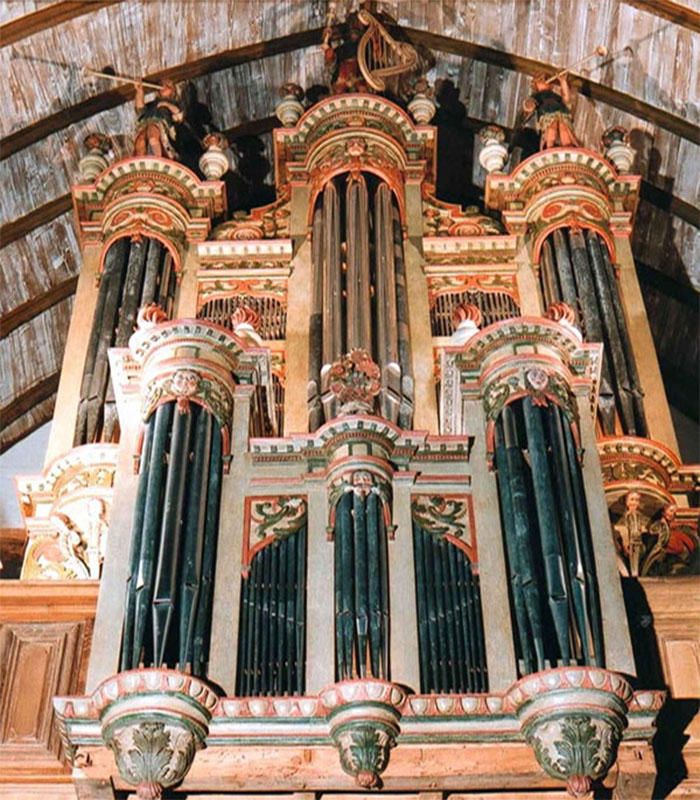L'orgue de la chapelle de Quelven